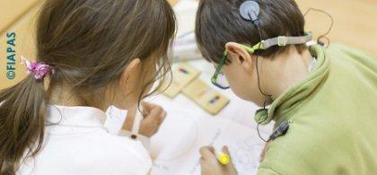 Foto de dos alumnos