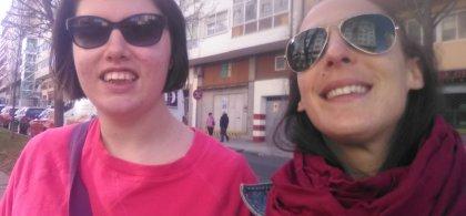 Imagen de Mariña y Laura, su preparadora laboral y amiga