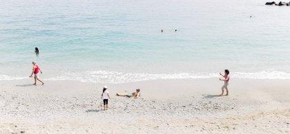 Imagen de bañistas en una playa