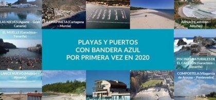 """Mosaico de fotos de playas con la siguiente leyenda en el centro: """"Playas y puertos con Bandera Azul por primera vez en 2020"""". """""""