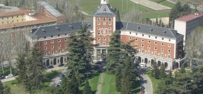 Fachada de la Universidad Complutense de Madrid
